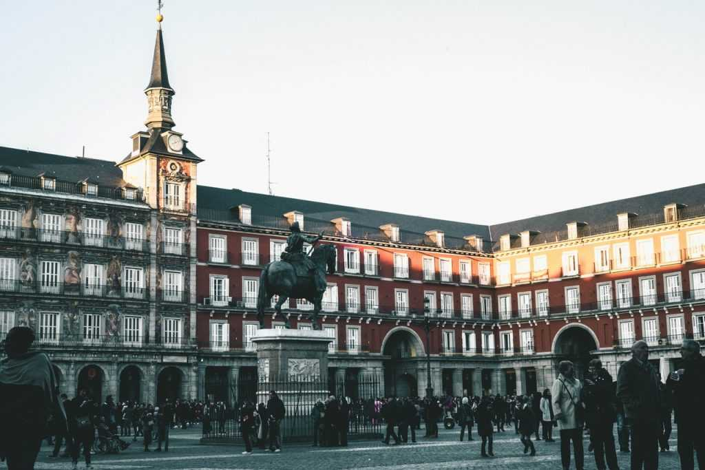 top 10 hotels to stay in Madrid